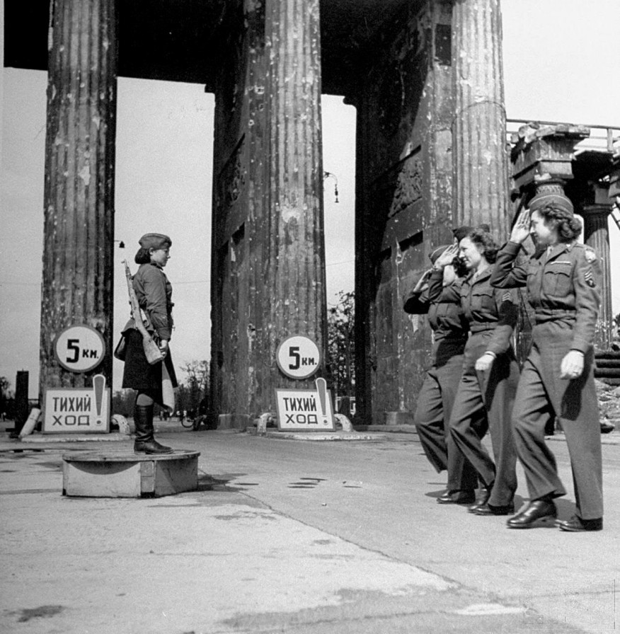 a history of the end of world war ii in 1945