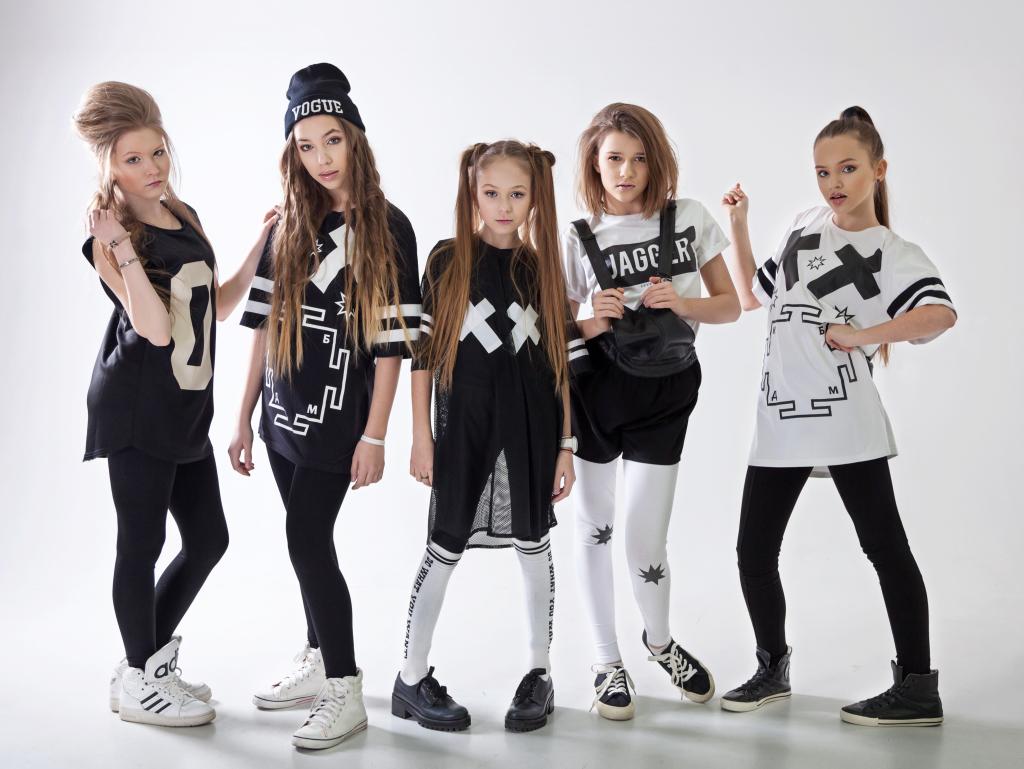 Картинки девочек группы